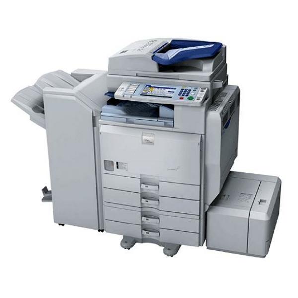 Die Abbildung zeigt einen Ricoh Aficio MP 5000 Drucker